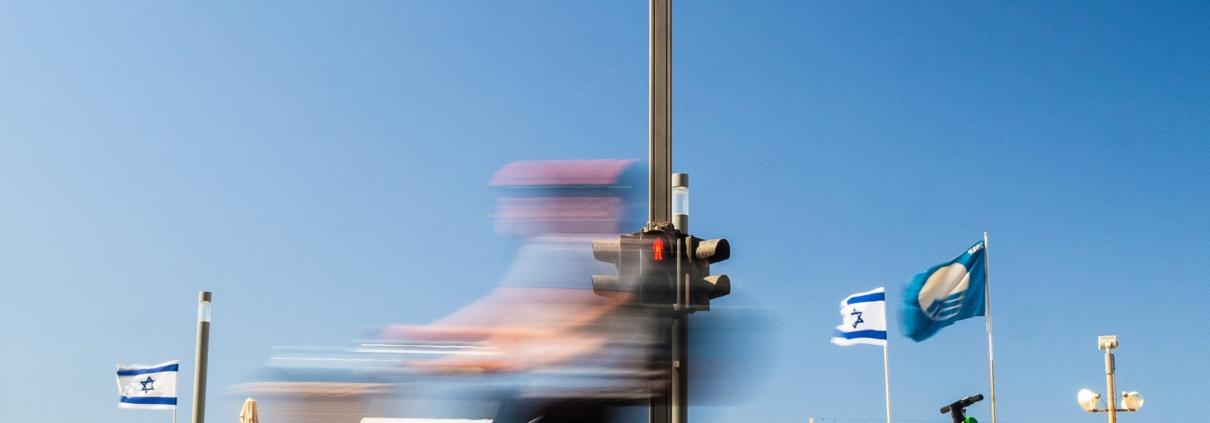 time lapse photo of pedestrian lane